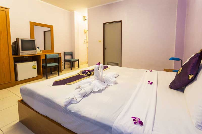 Belvedere_Guesthouse_Patong_Phuket_6_resize_slider