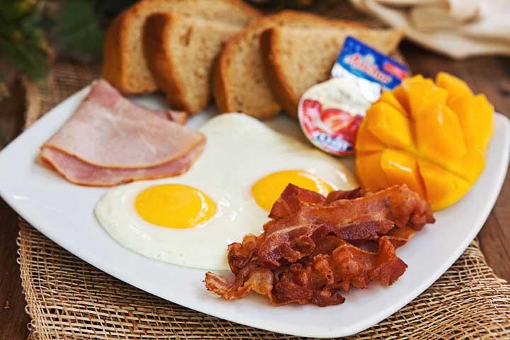 bucintoro_restaurant_patong_breakfast