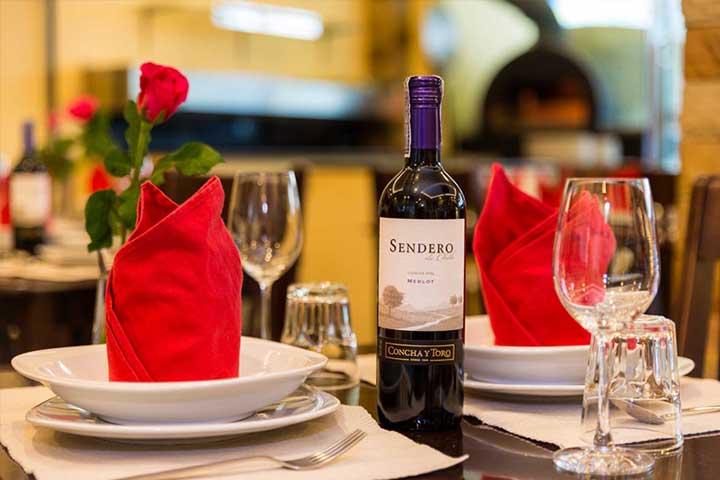 bucintoro_restaurant_patong_vino